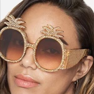 Accessories - Pineapple Dreams sunnies